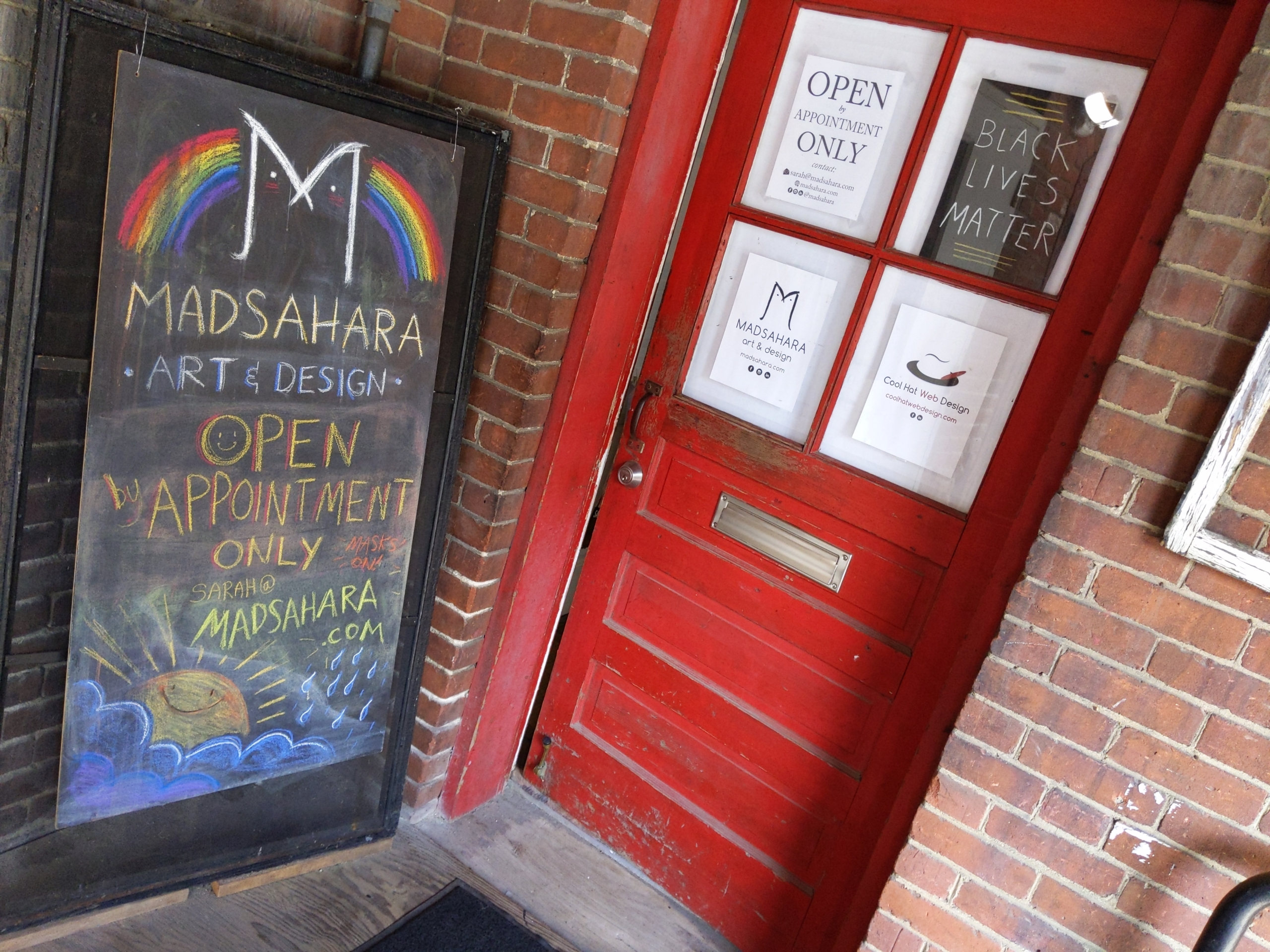 madsahara art studio door